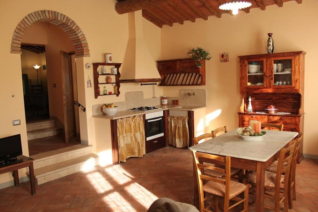 house close san gimignano in quiet area to - vrbo, Hause ideen