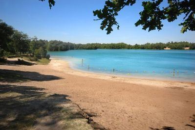 The beach of the 'Blue Lake' is less than 15 minutes away - great for swimming!