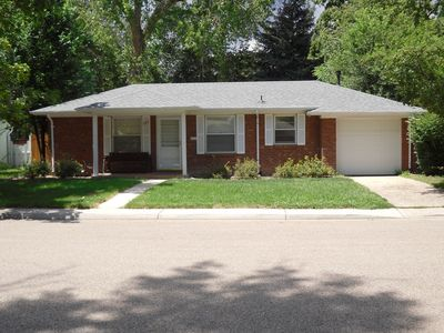 2 Bedroom/1 Bath Ranch Home with attached garage