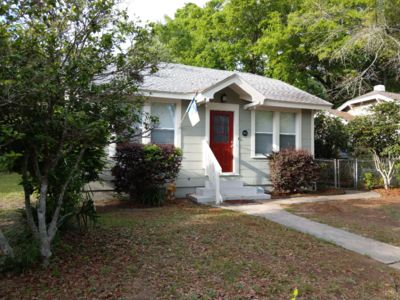 """Photo for """"Flamingo Pad"""" East Pensacola Heights-Dog Friendly!"""
