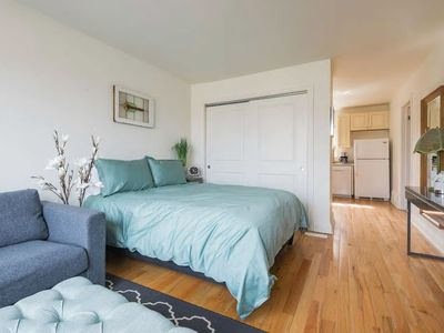 Photo for Beautifully Decorated 1BR Unit with Parking!