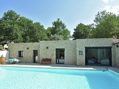 Photo for Luxury villa for 4 persons with heated private pool near Mont Ventoux