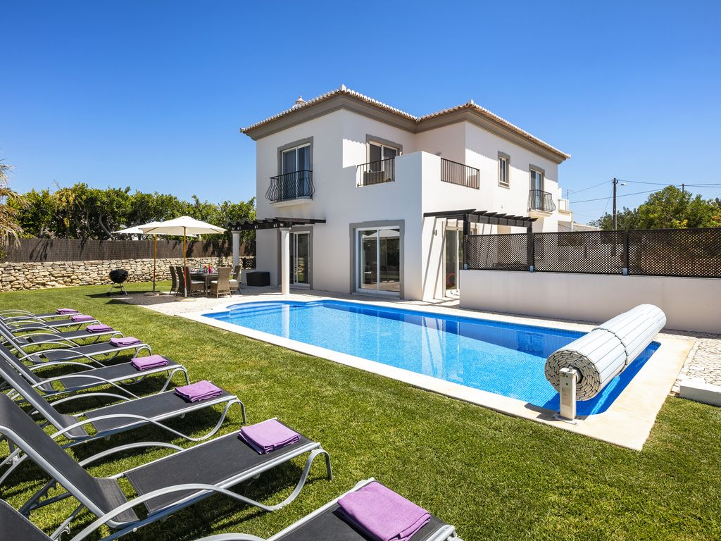 Private Villas In Portugal luxury villa with private pool, games room and gym. 15 mins drive to the  beach! - boliqueime