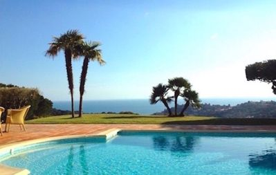 Photo for Villa with magnificent sea view heated pool