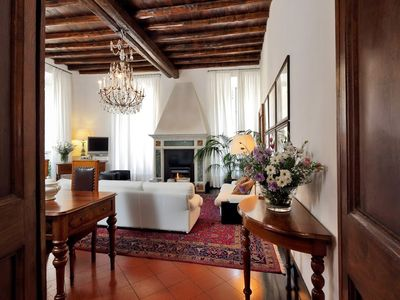 Photo for Apartment in the center of Rome with Internet, Air conditioning, Lift, Washing machine (441908)