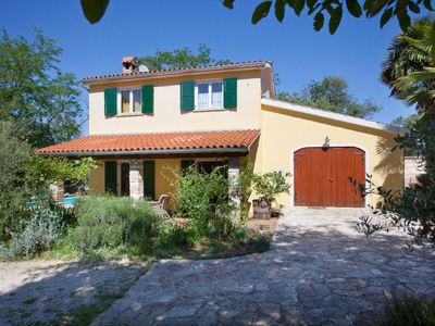 Photo for Charming Traditional Istrian Villa with Private Pool in a Peaceful and Tranquil Setting !.