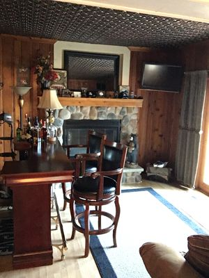 Photo for NEW - Great Location Right inTown, Large Private Deck, Spa