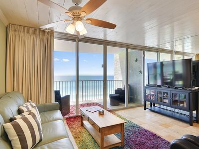 Photo for Colorful/Cozy oasis on the East end of PCB- Walking distance to attractions!