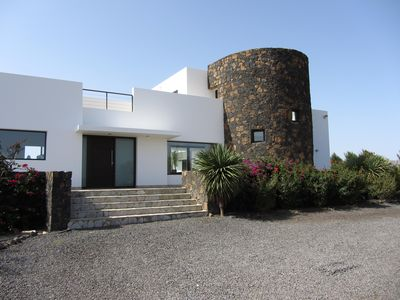 Photo for Luxury Villa with Large Heated Pool in Villaverde, Fuerteventura