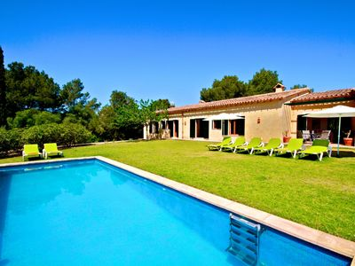 Photo for Finca near Porto Cristo, 4 bedrooms; 4 bathrooms, 1 toilet, pool 4.5 x 11, large lawns