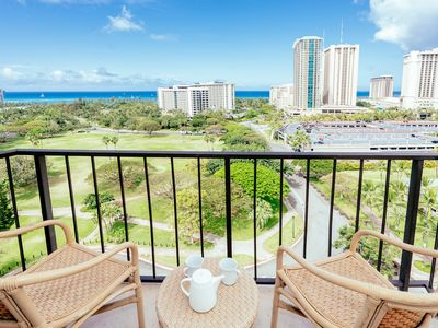 Photo for Renovated Luana Waikiki 1 BD On The 12th Floor With Ocean View & Free Parking