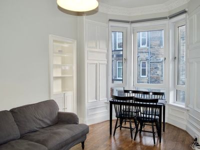 Photo for Spacious 2 Bedroom Apartment in Meadowbank