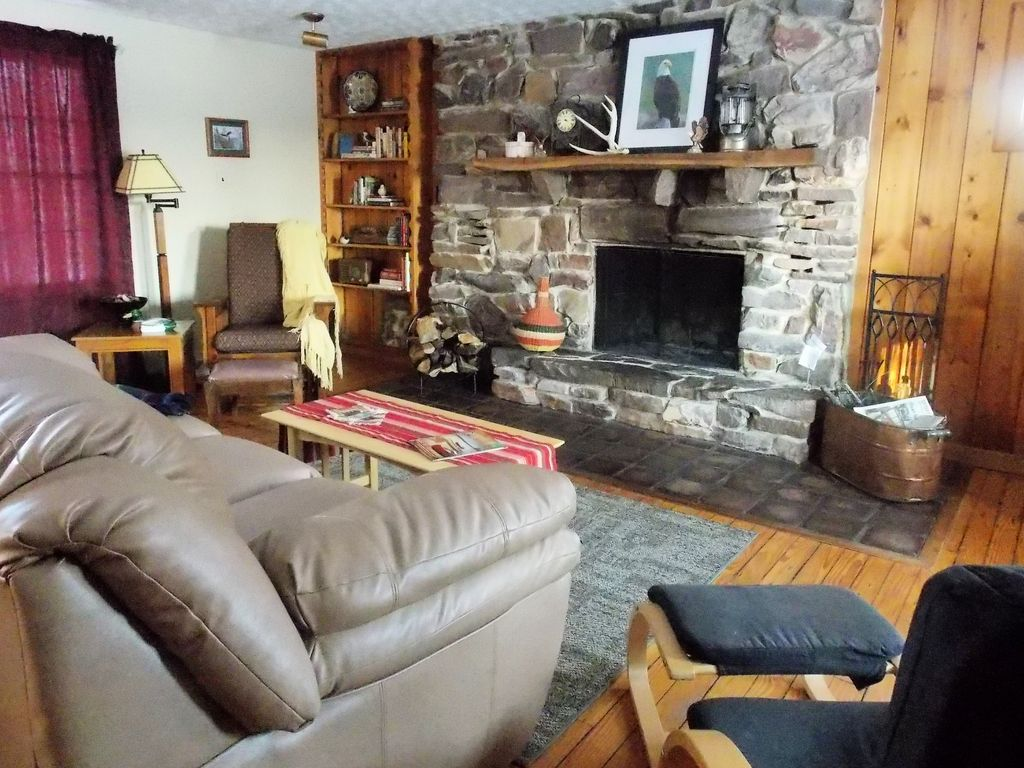 wisconsin river front redstone cottage monthly homeaway