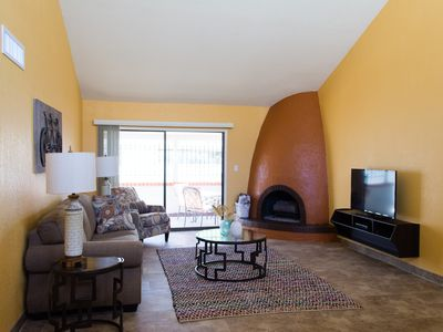 Photo for Fully Updated Single Level Patio Home Blocks From Old Town Scottsdale