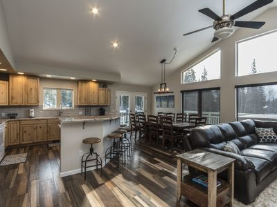 Photo for NEWLY REMODELED 6 BDRM, 3 KingBeds, On shuttle route, hot tub, sleeps 23!