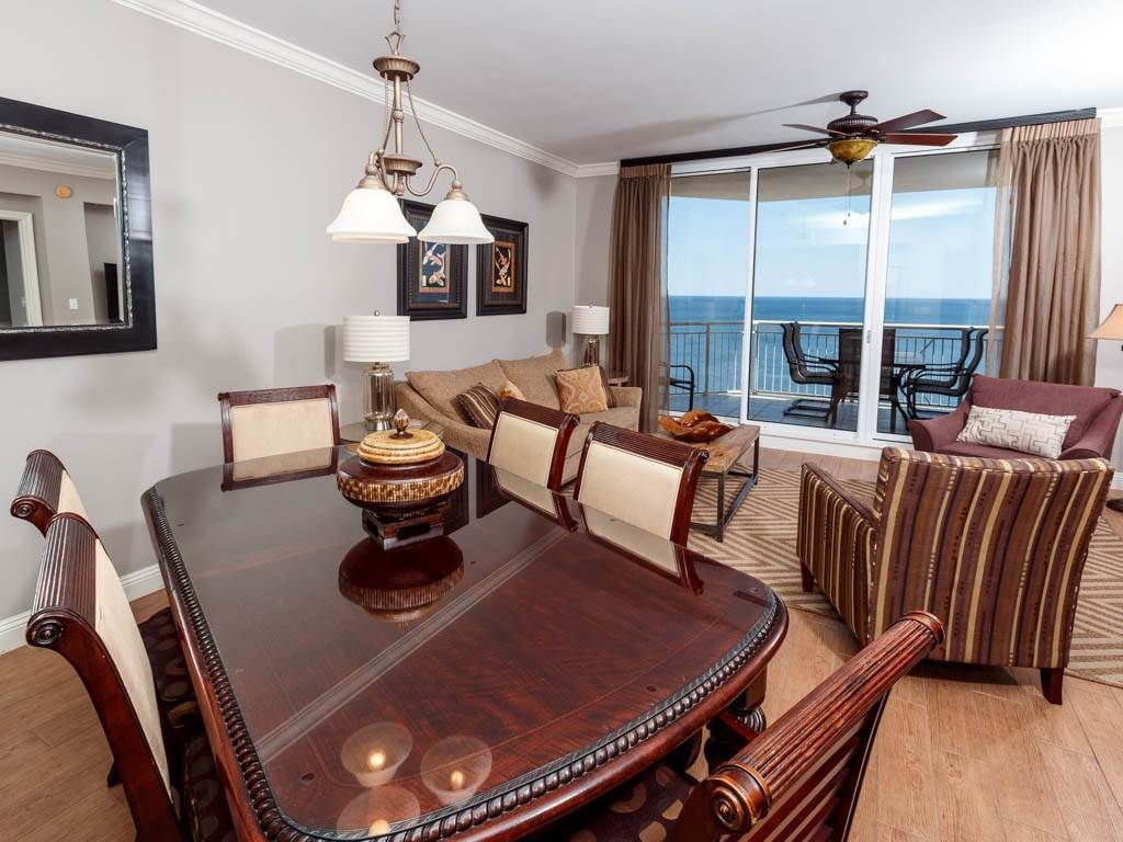 Gorgous 3 Bedroom Condo w/ Amazing Beach View!
