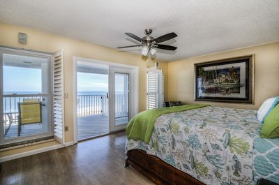 large master king bedroom with VIEW and private tile bathroom