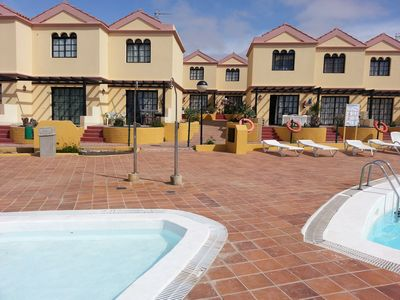 Photo for Cosy apartment with kindergerechtem swimming pool, close to beach and center