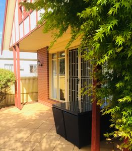 Photo for Heart of Geelong Entire 3BR Town house Sleeps 8