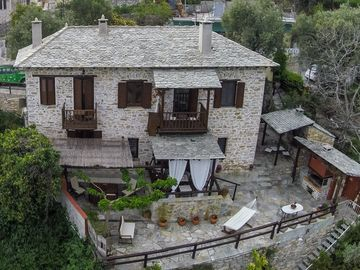 Villa Amanti, a Charming Traditional Old Stone House in Pelion.