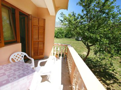 Photo for One bedroom apartment with terrace Rovanjska (Paklenica)
