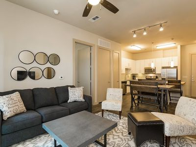 Photo for Apartment in Austin with Internet, Pool, Air conditioning, Lift (698063)