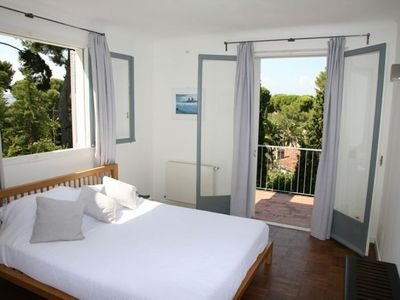 antibes villa rental bedroom 1 - Maison Moderne Antibes