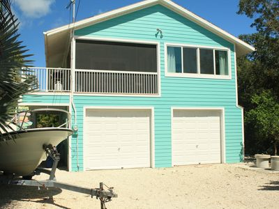 Photo for Beautiful 3 bedroom 2 bath canal front home with excellent boating!!