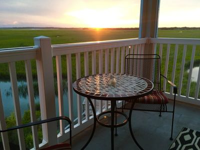 Sunset Retreat~ 3BR/3BA with a POOL and Marsh Views!!
