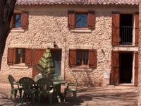 Great location for exploring the numerous medieval villages in the area.