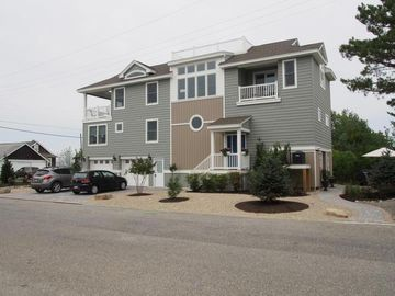 New Home Located In Serene Beach Haven Inlet With Spectacular View Of The Bay!