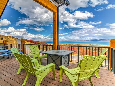 Photo for Gorgeous Bear Lake getaway with private hot tub and game room!