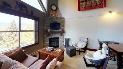 Chic 2BDR + Loft  Perfect for Families or Friends