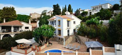Photo for Benajarafe, luxury 4prs ground floor apartment in villa, 600m from the sea
