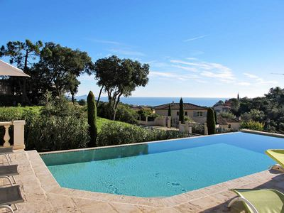 Photo for Vacation home Jaune  in Saint Aygulf, Côte d'Azur - 10 persons, 5 bedrooms