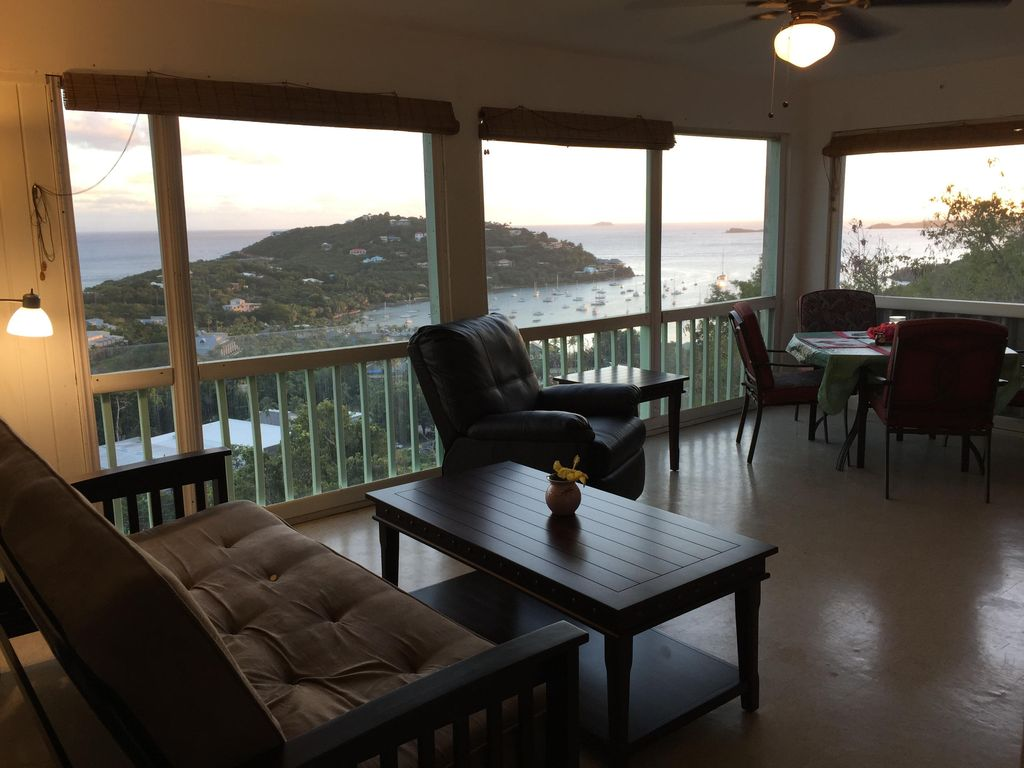 ST JOHN, 2 BR APT CLOSE TO CRUZ BAY WITH BEAUTIFUL SHORE VIEW