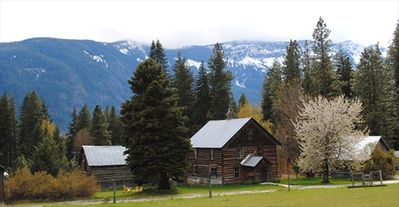 Photo for 4BR Cabin Vacation Rental in Leavenworth, Washington