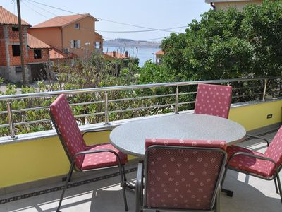 Photo for One bedroom apartment with balcony and sea view Omišalj, Krk (A-12793-c)