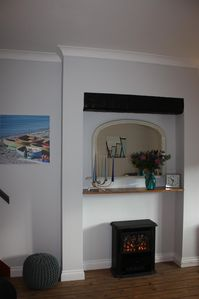 Fire and mantle piece in sitting room