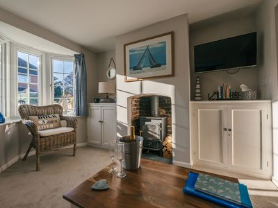 Photo for Charming 2 bedroom cottage in Lymington, very close to town, marina & sea walks