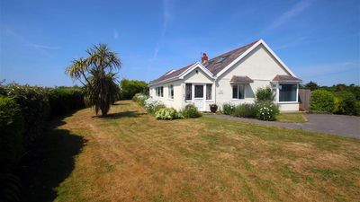 Photo for Sea Close, Langland - Four Bedroom House, Sleeps 6