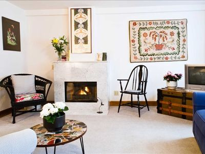 Photo for Lincoln Park Suite - One Bedroom - Comfortable and Convenient