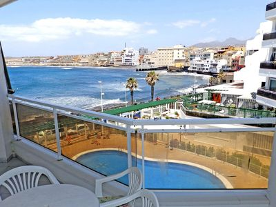 Photo for Apartment with pool and magnific sea views in El Medano