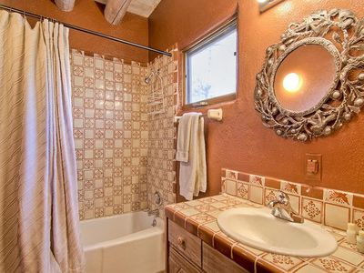 Your En Suite Bathroom Awaits Enjoy The Comforts Of Your Own Bathroom Without Ever Leaving