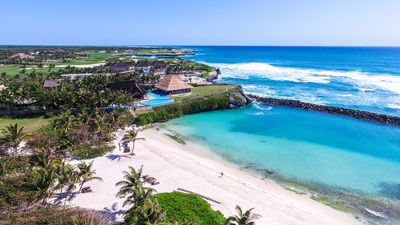 Photo for Stunning Ocean and Beachfront Villa in Punta Cana