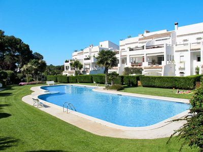 Photo for Apartment Golf Royal  in Playa de Pals, Costa Brava - 6 persons, 3 bedrooms