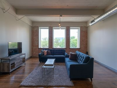 Photo for Spacious & Cozy Industrial Apt @ Heart of Downtown