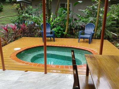 The Pool House, steps from the beach, private pool