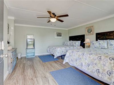 Photo for Unit 2 - Loggerhead Inn: 1 BR / 1 BA condo-hotel unit in Surf City, Sleeps 4