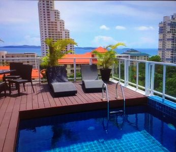 Photo for Beautiful and safe one-bedroom condo in an upscale neighborhood in Pattaya South